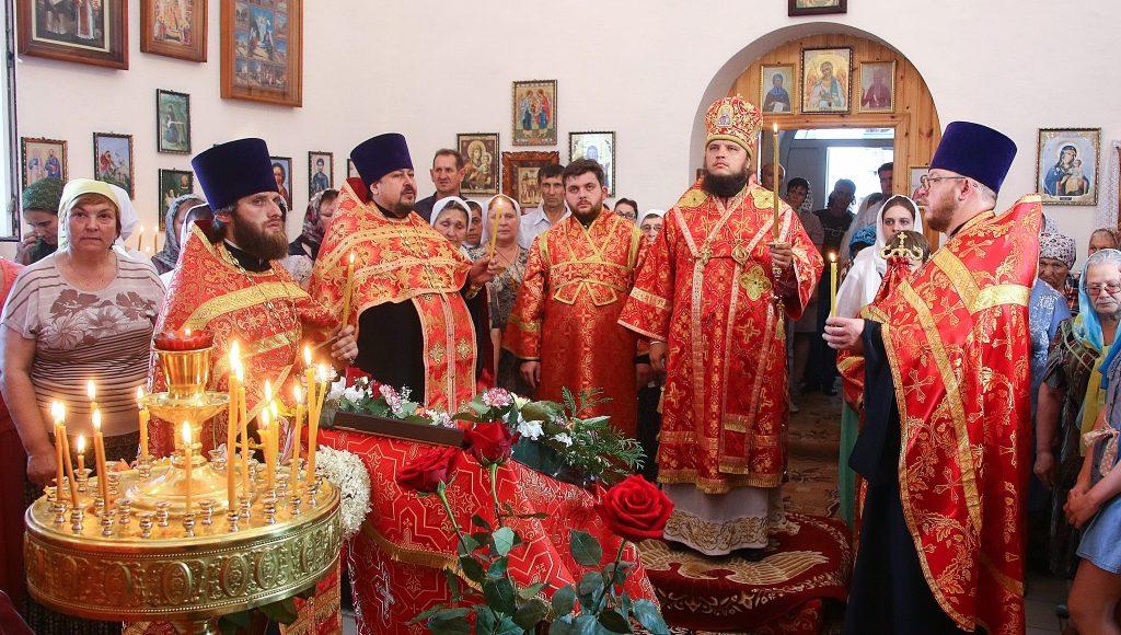 Настоятель Михайло-Архангельского храма сослужил епископу Борисоглебскому и Бутурлиновскому Сергий