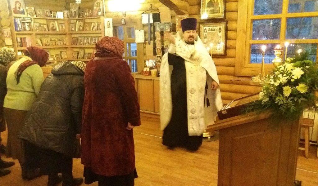 Всенощное бдение накануне престольного праздника Михайло-Архангельского храма